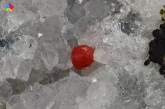 Rzadki czerwony Fluoryt na Kwarcu