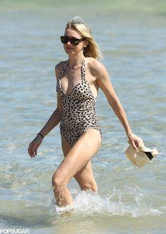 Naomi Watts is one hot mom!