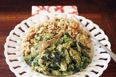 Garlic Cashew Chicken: Serve this chicken with brown rice for a healthy mid-week meal full of unexpected flavors.