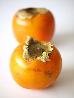 Persimmons – Best for Kapha Dosha. Not recommended for Vata or Pitta. Ayurveda, Ayurvedic Healing, Ayurvedic Recipes, Wellness Tips, Health And Wellness, Ayurvedic Practitioner, Recetas Light, Cough Remedies, Pitta