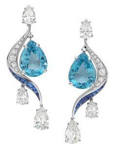 Bvlgari High Jewellery earrings in platinum with 2 pear shaped aquamarines, 4 round brilliant cut diamonds, 18 fancy buff-top sapphires and pavé diamonds. http://www.margoraffaelli.com/bvlgari-high-jewellery-aquamarine-parure/