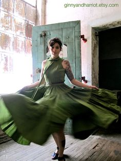 Mid Century Suzy Perette Edamame Green Flamenco by GinnyandHarriot