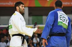 Egypt has ordered an athlete to return home from the Olympic Games in Rio after he refused to shake the hand of his Israeli opponent. At the end of their bout, judoka Islam El Shehaby was approache…