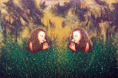 """Tamaño: 100 x 150 cm Técnica: Mixta (Acrílico/Óleo/Brillo Oro) Descripción: Primera obra en versión de gran formato. """"La industria devorando un puro y verde alrededor"""" Painting, Jitter Glitter, Gold, Green, Artists, Painting Art, Paintings, Drawings"""