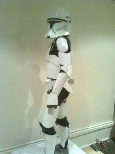 AWESOME cardboard clone trooper costume DIY