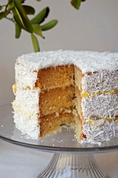 Vegan Lemon Cake, Vegan Cake, Vegan Sweets, Vegan Desserts, Public Holidays, Gluten Free Cakes, Pavlova, Vanilla Cake, Birthday Parties
