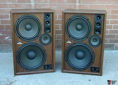 Audiophile Speakers, Hifi Audio, Audio Speakers, Stereo Speakers, Som Retro, Audio Rack, Speaker Plans, Speaker Box Design, Jazz Poster