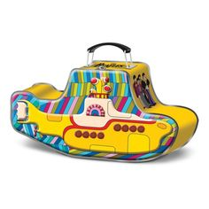 Vintage Yellow Submarine lunch box; I absolutely want this!