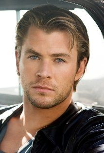 Chris Hemsworth (is > liam hemsworth) Chris Hemsworth Thor, Jeremy Renner, Chris Pratt, Chris Evans, Star Treck, Hot Men, Hot Guys, Gorgeous Men, Beautiful People