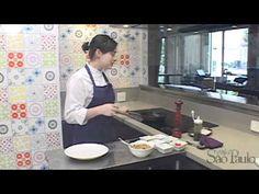 Receita de Natal: Saint-pierre sobre salada de quinoa - YouTube