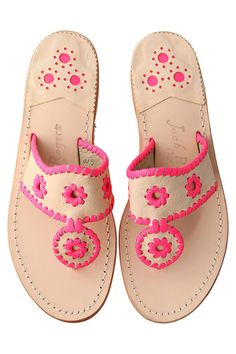 slight obsession #jackrogers - I have these and love them!!