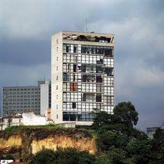 Edifício Jaraguá, São Paulo. Arquiteto Paulo Mendes da Rocha<br />Foto Nelson Kon