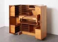 Meuble Desk in a Box de Mummenthaler & Meier, 1950s en vente sur Pamono Armoire, Magic Box, Smart Design, Vintage Design, 1950s, Desk, Furniture, Home Decor, Drawer