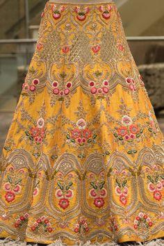 Floral Lehenga, Gold Lehenga, Anarkali Lehenga, Yellow Lehenga, Lehenga Style, Lehenga Choli Online, Indian Bridal Lehenga, Indian Bridal Wear, Choli Dress