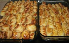 Κουλουράκια Φανταστικά !! ~ ΜΑΓΕΙΡΙΚΗ ΚΑΙ ΣΥΝΤΑΓΕΣ 2 Sweet Buns, Sweet Pie, Shortbread, Greek Cookies, Greek Recipes, Biscotti, Tea Time, Cookie Recipes, Sausage