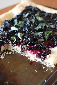 Slow roasted blueberry tart with mascarpone and goat cheese all on a flaky puff pastry crust! Good stuff but I just think its missing something and I just cannot put my finger on it Elegant Desserts, Just Desserts, Delicious Desserts, Pie Dessert, Dessert Recipes, Berry Tart, Blueberry Recipes, Sweet Tarts, Sweet Recipes