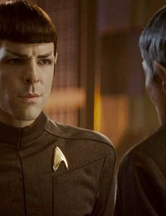 Spock Zachary Quinto, Star Trek Reboot, Spock And Kirk, Sherlock Doctor Who, Star Trek 2009, Star Trek Spock, Leonard Nimoy, Uss Enterprise, Paramount Pictures