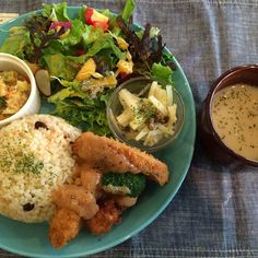 JR元町駅から徒歩1分のThe PINK WEED cafe。月替りプレート #vegan #vegansofjapan #vegetarian #kobe #動物性不使用  #完全菜食 #菜食 #ヴィーガン #ビーガン #ベジタリアン #神戸 (The Pink Weed)
