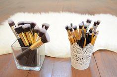 Makeup brush organizer - Makeup accessories https://lilidoys.wordpress.com/