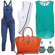Outfit alternativo con l'utilizzo della salopette di jeans marca Guess abbinata a top verde tiffany, scarpe da ginnastica Vans, borsa arancio Ralph Lauren e orecchini con pietre azzurre e verdi