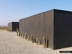 Glass House in Huentelauquen, Chile // 01ARQ Architecture | Afflante.com