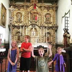 We are gearing up for our 4th grade mission #homeschool unit with a tour of Mission San Juan Capistrano. Fun Fact: I did my mission replica of this beautiful golden alter when I was in 4th Grade. #glitterfordays I remember being in awe when I saw the golden carvings for the first time. It's still just as beautiful as I remember! @missionsanjuan @missionsjc #missionsanjuancapistrano #missionproject