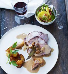 Braiseret svinekød med ovnstegte kartofler | Mad & Bolig