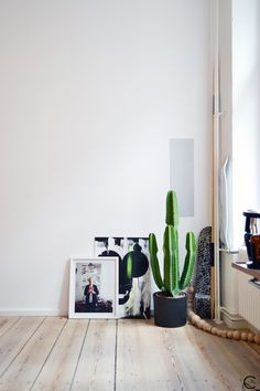 C-More |design + interieur + trends + prognose + concept + advies + ontwerp + cursus + workshops : A look inside the Freunde von Freunden apartment in Berlin AND an interview with Frederik Frede