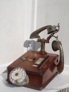 Raro y antiguo teléfono francés de sobre mesa THOMSON-HOUSTON NºE502,,NºA3749. $350