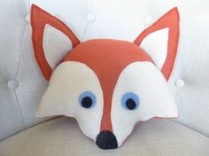 Hey, I found this really awesome Etsy listing at https://www.etsy.com/listing/261032804/fox-throw-pillow-unique-home-decor