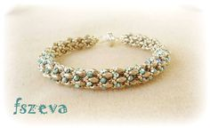 Lana bracelet by Fszeva after pattern by Puca  | superduo twin beads