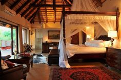 The Shiduli Lodge combines African charm and exclusivity with the memorable experience of the untamed African bush.