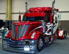 Infos | News | Reportagen für den Berufskraftfahrer in Deutschland. http://www.bkftv.de The Great American Trucking Show 2011 [Photo album]
