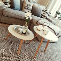 Marbel and oak coffee table (Ellos Home)
