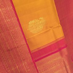 The queen of silk sarees #kanjeevarams - have to experience them to know why they were once only meant for royalty. #silk #angadigalleria #sari #yellow #pink #southindian #india #karnataka #banglore #bangaloreblogger #bangalorediaries #lovesaris #100sareepact