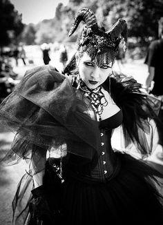 Wave Gotik Treffen 2014 - Where did she get that beautiful headdress?!