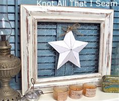 Chicken Wire Framed 3D Star...  there are no instructions for this idea. but it looks pretty simple.