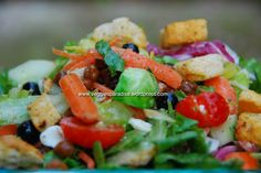 Blueberry & feta cheese salad with toasted almond