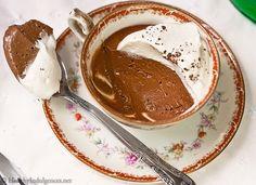 Simple, elegant Chocolate Pots De Creme recipe (sugar-free!)