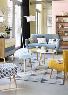 Dekoration Wohnung - Pastel living room inspiration with scandinavian style Pastel Living Room, Retro Living Rooms, Living Room Colors, Living Room Designs, Blue And Yellow Living Room, Fresh Living Room, Living Room Modern, Living Room Sofa, Living Room Interior