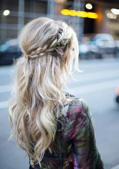 the 20 most romantic updos for the wedding day, frisuren haare hair hair long hair short Valentine's Day Hairstyles, Braided Hairstyles, Wedding Hairstyles, Latest Hairstyles, Hairstyle Ideas, Teenage Hairstyles, Country Hairstyles, Boho Hairstyles For Long Hair, Fashion Hairstyles