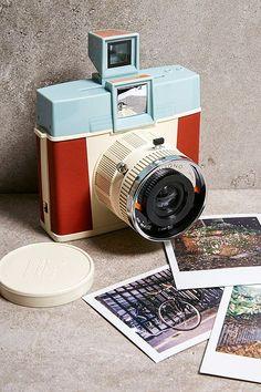 Check out Lomography Diana Adriano Edition Square Instant Camera from Urban Outfitters Toy Camera, Film Camera, Leica Camera, Nikon Dslr, Fujifilm Instax, Diana, Camera Hacks, Camera Tips, Retro Vintage
