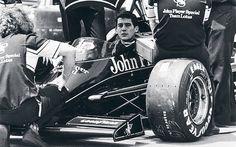 Ayrton Senna at the Detroit Grand Prix Jackie Stewart, Ferrari, Formula 1, F1 Lotus, San Marino Grand Prix, Hamilton, Automobile, F1 Drivers, F1 Racing