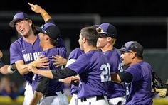 #KStateBSB celebrates winning the Manhattan Regional and making it to the first Super Regional in program history! Next, the Cats take on Oregon State.