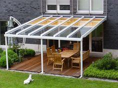 TerraSmart Terrassenüberdachung Classic-Line - Terrassendach weiß mit 3 Stützen und Markise
