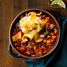 Effortless Black Bean Chili and 49 more ground turkey recipes Chili Recipe With Black Beans, Black Bean Chili, No Bean Chili, Best Soup Recipes, Chili Recipes, Turkey Recipes, Favorite Recipes, Korma, Biryani