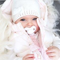 So cute  @sandraforselius ❌DOWNLOAD OUR KIDSAPP  Click link in bio now ↑↑↑ ◌ ◌ ◌ ◌ ◌ #momblogger #momblog #baby #infant #beautiful #babiesofinstagram #beautifulbaby #instagram_kids #igbaby #cutebaby #babystyle #babyfashion #igbabies #kidsfashion #cutekidsclub #ig_kids #babies #child#babymodel #children #instakids #fashionkids #repost#love#babyboy #kidsfashionforall#cuteangels