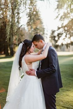 We're Jen Lynn Photography, a husband and wife wedding and family photography team in the Pacific North West. Seattle Wedding, North West, Family Photographer, Golf, Wedding Photography, Club, Country, Couple Photos, Wedding Dresses