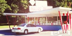 Wall's Drive In in Cannelton, Indiana - littleindiana.com