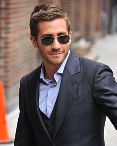 Jake Gyllenhaal can be my Fifty Shades of Grey Jake Gyllenhaal, Pretty People, Beautiful People, Casper The Friendly Ghost, Christian Grey, Attractive Men, Wattpad, Gorgeous Men, Sexy Men